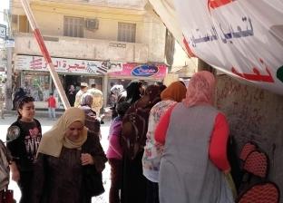 صور  إقبال كثيف على لجان الاستفتاء في رأس البر وفارسكور