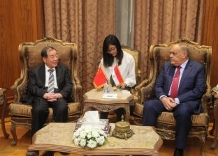 رئيس الهيئة العربية للتصنيع يستقبل السفير الصيني بالقاهرة