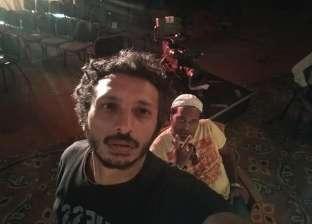"""بالصور  مناضل عنتر يواصل استعدادت عرض """"الجلسة"""" بمهرجان شرم الشيخ"""