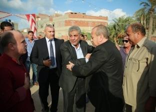 بالصور| محافظ كفر الشيخ يُعزى رئيس مصيف بلطيم في وفاة زوجته
