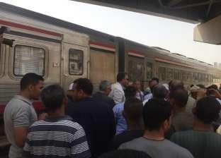 رئيس السكة الحديد بأسوان ينفي تعطل قطار الـvip: في طريقه لسوهاج