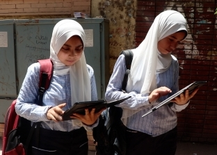 ثاني يوم امتحانات.. السيستم شغال بس الامتحان صعب وأسئلة خارج المنهج
