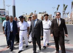 """مدير أمن البحر الأحمر يتفقد الأسواق ومعارض """"أهلا رمضان"""""""