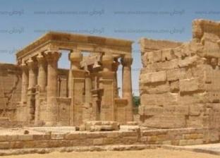 أبرزها معبد هبيس.. السياحة الثقافية تتصدر زيارة العناني للوادي الجديد