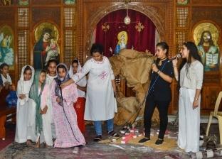 توزيع بلح وجوافة على الأطفال باحتفالات عيد النيروز بالإسكندرية