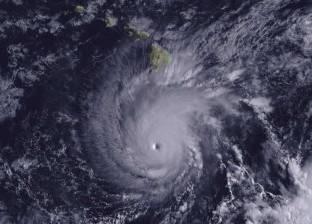 """إعصار """"لين"""" يقترب من """"هاواي"""" الأمريكية.. والسكان يستعدون"""