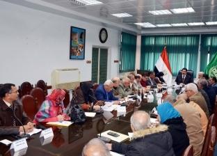 محافظ القليوبية يطالب بالانتهاء من توصيل المرافق للمشروعات التنموية
