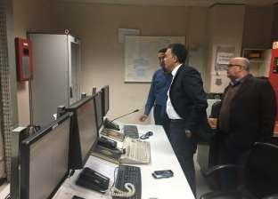 وزير النقل داخل غرفة التحكم بمحطات المترو