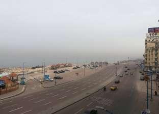 أمطار غزيرة ورياح شديدة في الإسكندرية