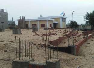 بالصور| أهالي قرية بكفر الشيخ يمنعون مقاولا من بناء مسجد لعيوب في الأعمدة