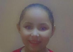 «يارا» 12 سنة ومصابة بمرض أوقف نموها: محتاجة حقنة يومية بألف جنيه
