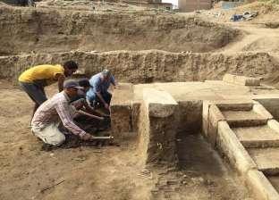 الكشف عن مقصورة احتفالات الملك رمسيس الثاني بمنطقة آثار عرب الحصن