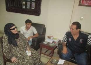 """""""الحاجة زينب"""" تزور رئيس مركز المنصورة وتشكره على حل مشاكل المواطنين"""