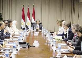 «الجارحى»: «الصناديق الأوروبية» تريد زيادة استثماراتها بمصر