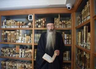 """مطران """"سانت كاترين"""": نأمل في ترميم الجناح الثاني لمكتبة الدير"""
