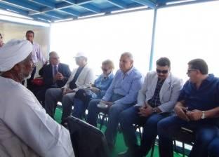 """""""محلب"""" يتفقد بحيرة ناصر ويلتقي رؤساء جمعيات الصيد"""
