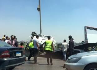 مصرع شخص وإصابة 15 آخرين في انقلاب سيارة ربع نقل بالشرقية