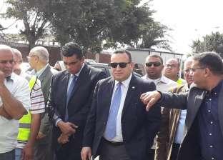 """نائب محافظ الإسكندرية يتفقد أعمال تطهير """"الشنايش"""" استعدادا للنوة"""