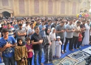 الآلاف يؤدون صلاة العيد بالمنصورة