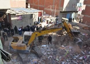 «عزبة الصفيح» بالمنصورة: منازل آيلة للسقوط و18 قتيلاً بسبب كابلات الضغط العالى