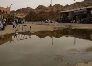 رئيس مدينة أسوان: إصلاح كسر خط للصرف بمنطقة انتظار مرسى معبد فيلة