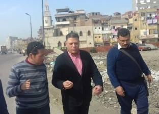 رئيس مدينة كفر الدوار يتابع أعمال الرصف والنظافة