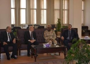 رئيس جامعة الزقازيق يستقبل قائد قوات الدفاع الشعبي