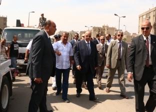 محافظ القاهرة يقود حملة لإزالة الإشغالات بالحي العاشر في مدينة نصر