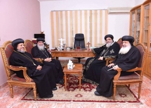 أسقف المنيا وأبوقرقاص يلتقي البابا تواضروس بالقاهرة
