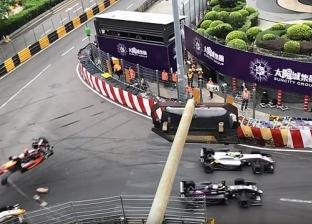 بالفيديو| حادث مروع.. سيارة سباق تطير إلى مدرجات الجمهور بسرعة 170 ميل