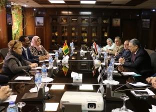 وزير الكهرباء يلتقي وزير الطاقة الغيني لتدعيم التعاون مع الدول الإفريقية