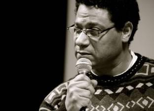 """زناتي: جلسات مكثفة مع فريق عمل """"محطة مصر"""" قبل عرضه بمسرح العرائس"""