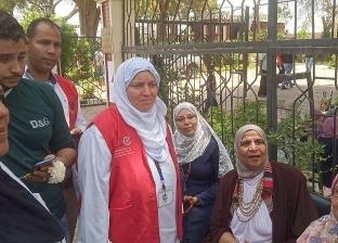 """""""100 مليون صحة"""" تكشف على المواطنين بالحدائق خلال احتفالات شم النسيم"""