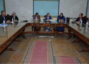 """رئيس """"مدارس 30 يونيو"""" تجتمع بمسؤلي التعليم الخاص في الصعيد"""