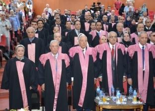 جامعة المنصورة تكرم 70 من علمائها الحاصلين على جوائز الدولة