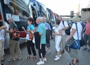 ميناء نويبع يشهد وصول وسفر 601 راكب.. وتداول 144 شاحنة