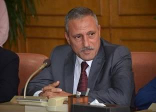 """""""عثمان"""" لموظفي الديوان العام بالإسماعيلية: رشدوا في الكهرباء والمياه"""
