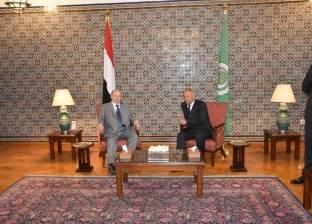 أبوالغيط لرئيس اليمن: تدخلات إيران تهدد الأمن القومي والملاحة البحرية