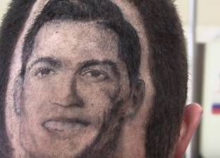 بالفيديو| حلاق يرسم صور شخصيات مشهورة على شعر زبائنه: أبرزهم رونالدو