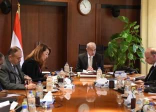 """شريف إسماعيل يصل مجلس الوزراء لمتابعة عمل """"حكومة تسيير الأعمال"""""""