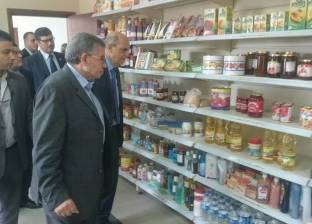 وزير التموين: ضخ 6 ألاف طن سكر و2000 طن زيت و1000طن ارز يوميا