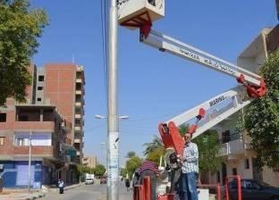 مد كابلات كهربائية بطول 2 كيلومتر في مدينة الخارجة بالوادي الجديد