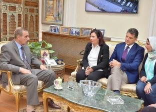 محافظ أسيوط يلتقي ممثل اليونيسيف بمصر لبحث سبل جهود دعم حماية الأطفال