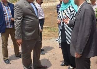 محافظ الوادي الجديد يتفقد مشروع الصوب الزراعية بقرية بورسعيد