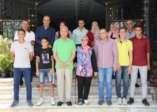 محافظ المنوفية يلتقي أعضاء بعثة TOP TALENTS لكرة القدم