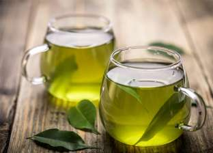 كم سعرا حراريا يحرقها كوب الشاي الأخضر؟
