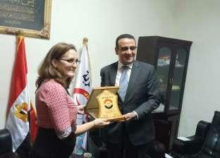 رئيس حزب الحرية يبحث مع سفيرة كوبا مجالات التعاون بين البلدين