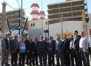 """بالصور  أعضاء """"محلية البرلمان"""" يتفقدون محطة كهرباء البرلس ويشيدون بها"""