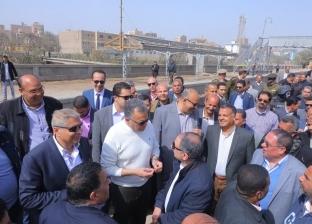 وزير النقل يتفقد أعمال تطوير محطة سمالوط بخط القاهرة-السد العالي