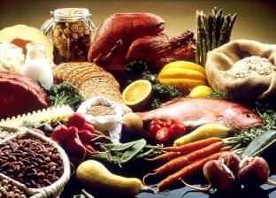 بينها البيض والتونة.. أكلات تساعد على حرق الدهون